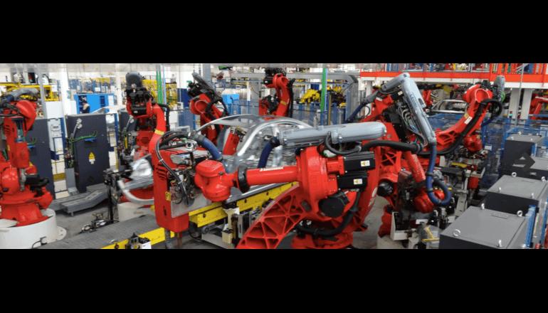 マセラティの生産工程を自動化、Comauのロボットソリューション
