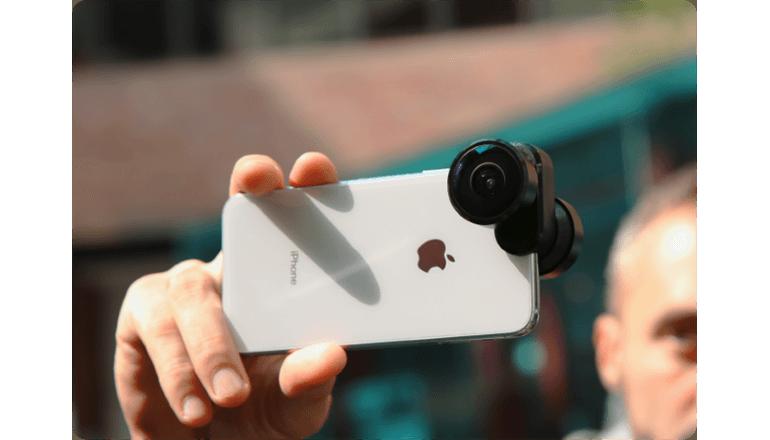 手元のiPhoneのカメラをより高性能に「FusionLens」