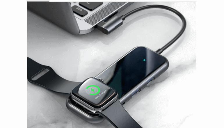 USB-Cで使える多目的チャージャー「Mogi」