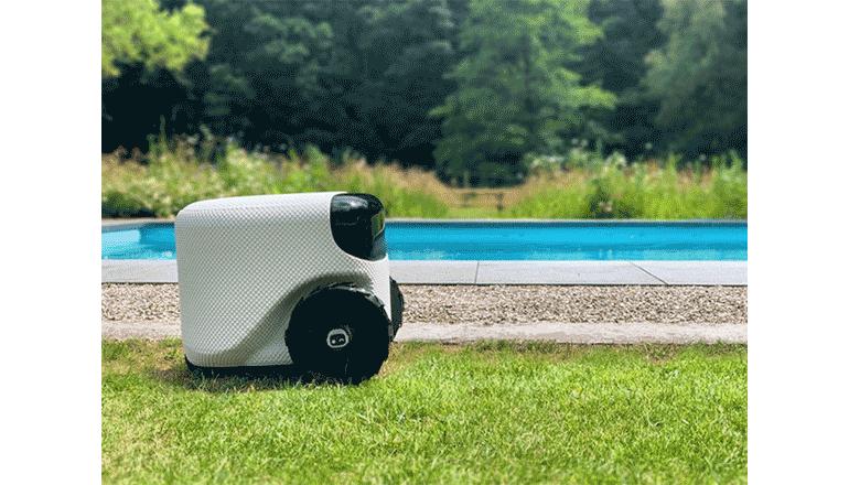 AIによる自律型芝刈り機「Toadi」
