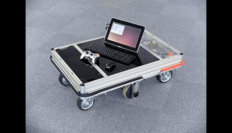コンピュータ制御可能な研究開発用移動台車プラットフォームを発表